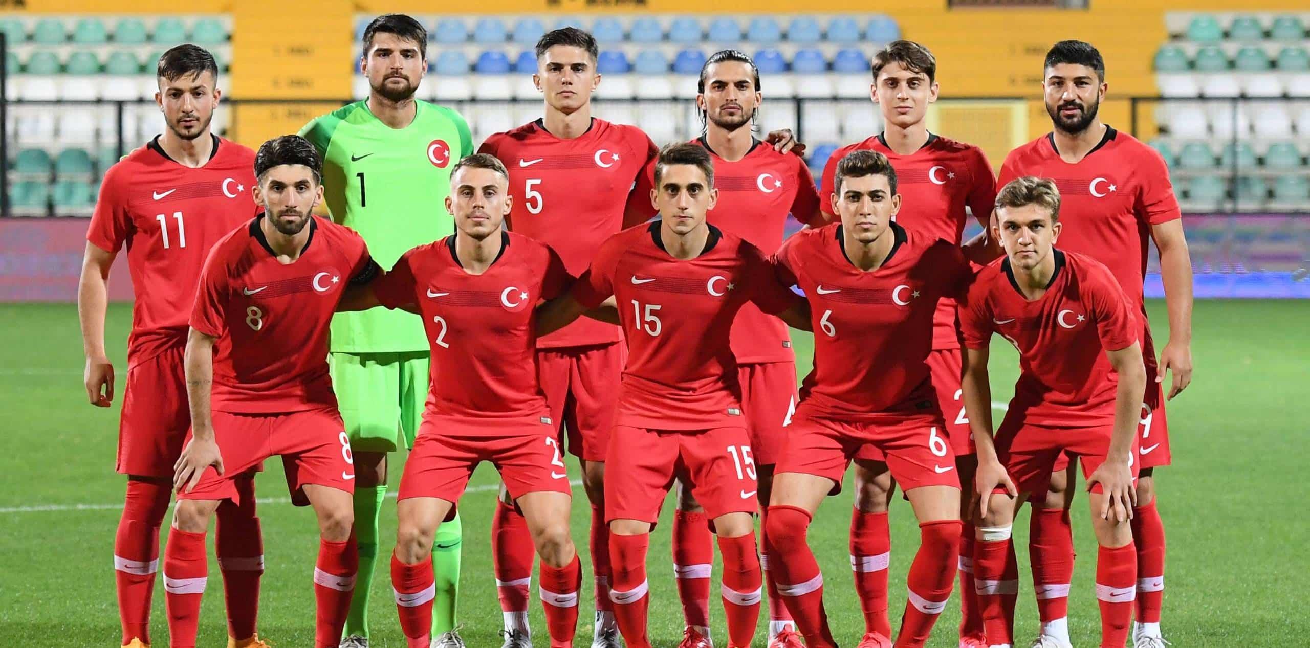 Türkische Nationalmannschaft Aufstellung